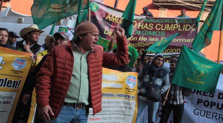 Campesinos Desfile Revolución