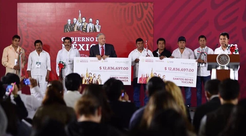 AMLO cheques