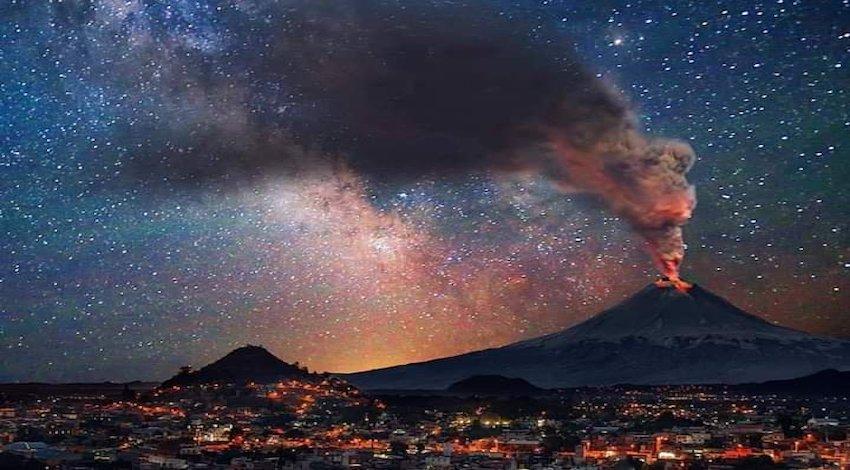 Explosión Popocatépetl Foto: @RoySalazaar