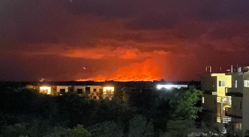 Incendio cerca de Chiquilá