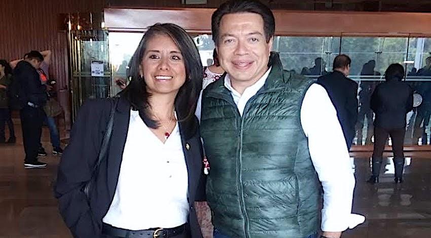 Mario Delgado - Laura Martínez González