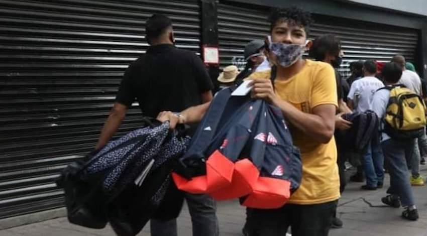 Saqueo Tienda Adidas