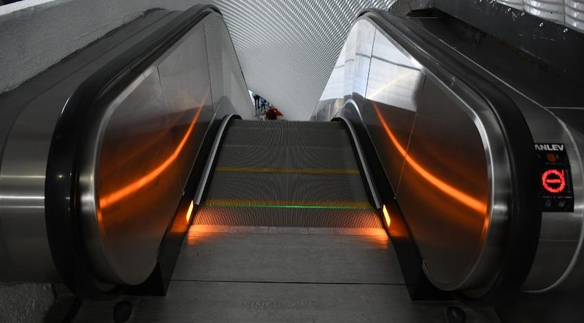 Escaleras Eléctricas Metro Tacubaya CDMX